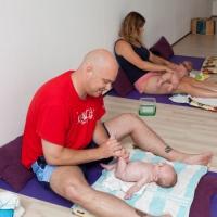 babymassge - Diemilla praktijk – Khadija Stubbe